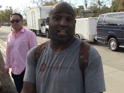 Ricky Williams to Kaepernick: Time to Move On from NFL