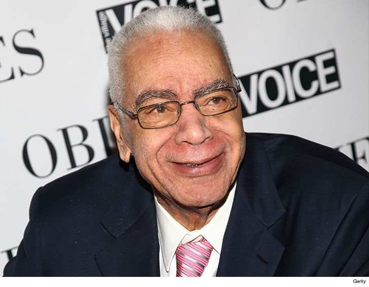 'The Cosby Show' Grandpa Huxtable Actor Earle Hyman Dead at 91