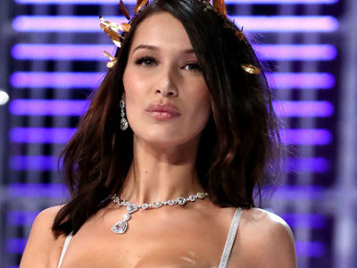See Bella's Wardrobe Malfunction at Victoria's Secret Show -- and the 18 WILDEST Looks!