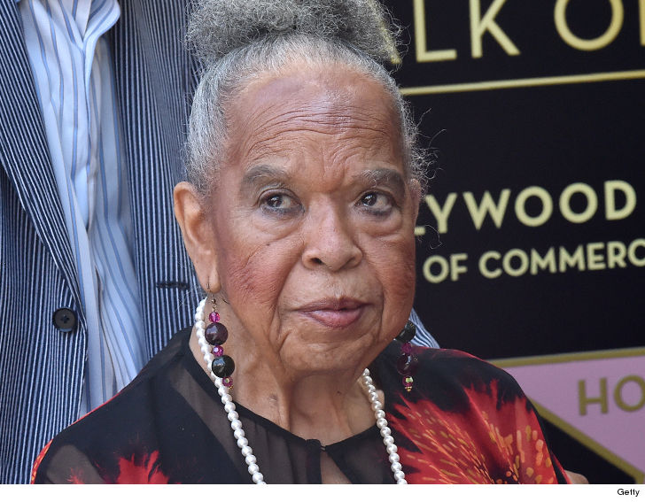 R&B Singer, 'Touched by an Angel' Star Della Reese Dies at 86