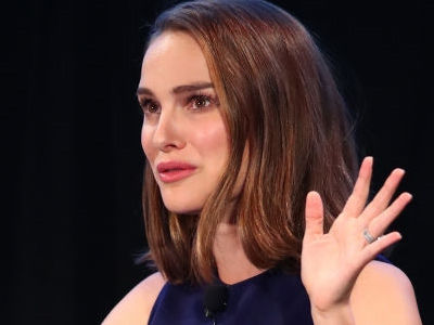 Portman's Hollywood Harassment Experience: A Producer, A Private Plane and A Bed