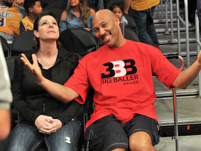 LaVar Ball All Smiles at Lakers Game Before Trump Attacks
