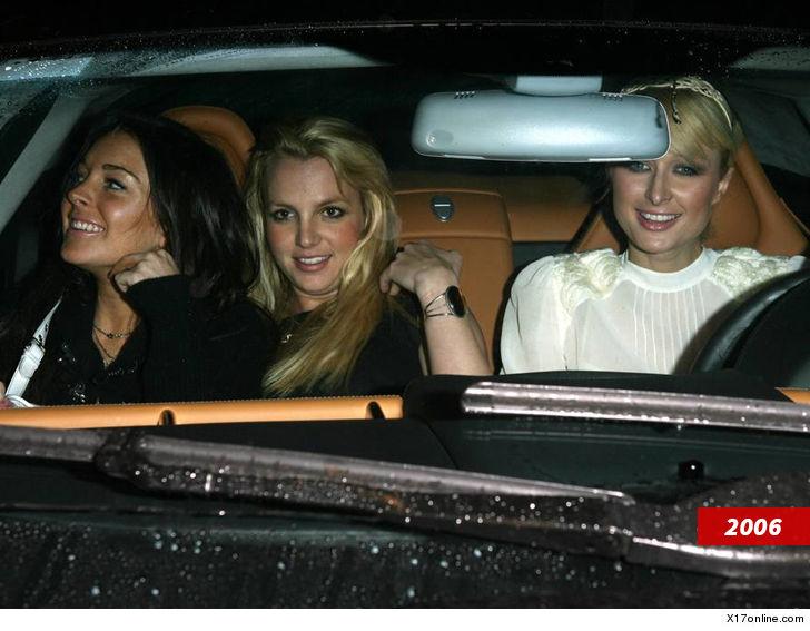 1  Paris Hilton Britney Spears Lindsay Lohan pic.twitter.com/dxGwTLnFDv November 27, 2017