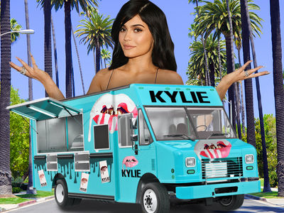 Kylie Jenner Will Be Selling Her Makeup Out Of A Truck