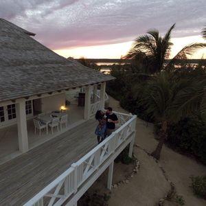 Serena Williams and Alexis Ohanian's Bahamas Honeymoon Villa
