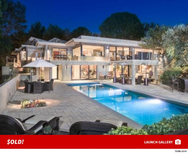 Jane Fonda Sells Beverly Hills Home For Nearly 10 Million