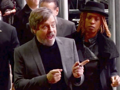 Mark Hamill Ditches Wheelchair at NYC Stop for 'Last Jedi'
