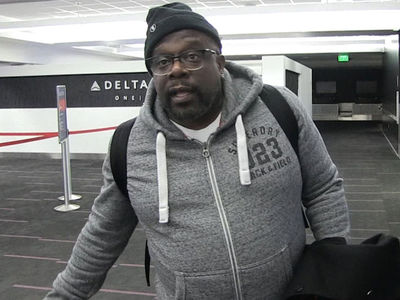Cedric the Entertainer Conflicted Over Russell Simmons Allegations