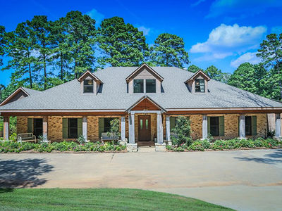 'Duck Dynasty' Star Jep Robertson Selling Louisiana Crib for $1.4 Million