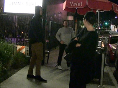 Blake Griffin Toughs Out Knee Injury for Date with Kendall Jenner
