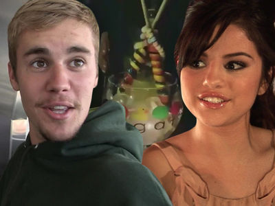Justin Bieber and Selena Gomez Fly to Seattle for Sweetest 'Virgin' Date Ever