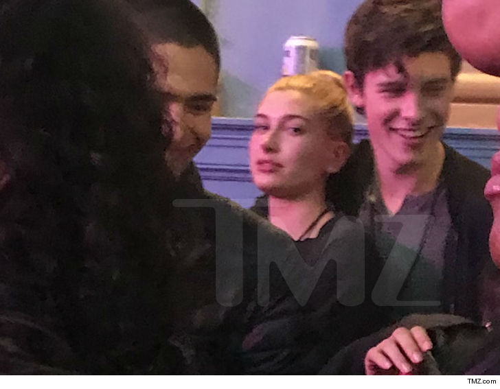 Shawn Mendes & Hailey Baldwin Spotted at Daniel Caesar's Concert Together in Toronto