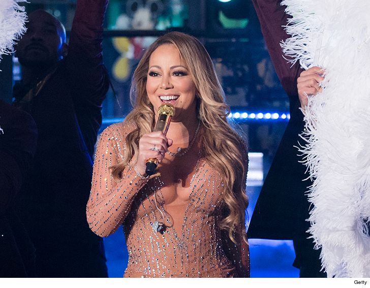 Mariah Carey New Year's Eve Performance Sound Check Mandatory""