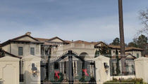 Chris Paul Buys Massive Texas Mansion, 14 Bathrooms!!!