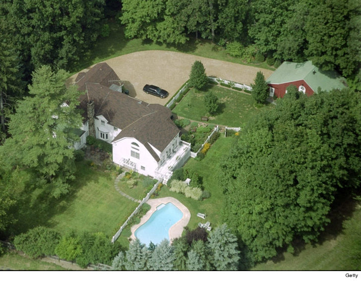 Fire At Bill And Hillary Clinton 39 S Chappaqua House Update
