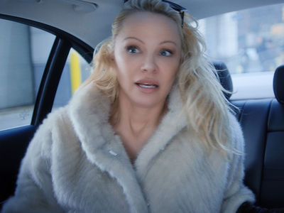 Pamela Anderson Issues New PSA on Ride-Hail App Drivers Tied to #MeToo (UPDATE)
