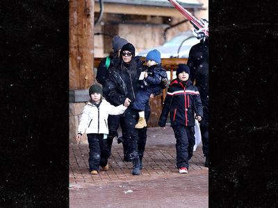 Kourtney Kardashian Hits the Park City Slopes, Skiing with Kids