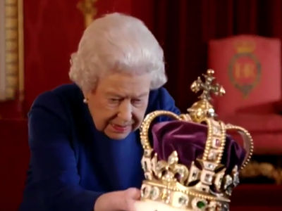 Queen Elizabeth Shocked at Heavy Crown as She Struggles to Hold it