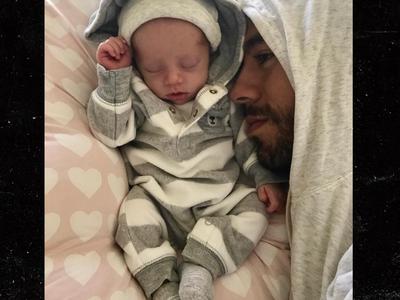 Enrique Iglesias, Anna Kournikova Post First Pics of Twins (UPDATE)