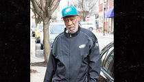 Bill Cosby Resurfaces in Eagles Gear Ahead of NFC Championship