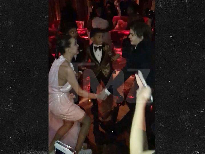 'Stranger Things' Kids Get Down at Netflix SAG Awards After-Party