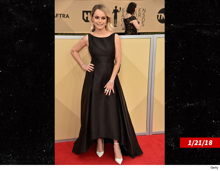 Taryn Manning Clarifies Frustration With Stylist Over $200 SAG Awards Dress