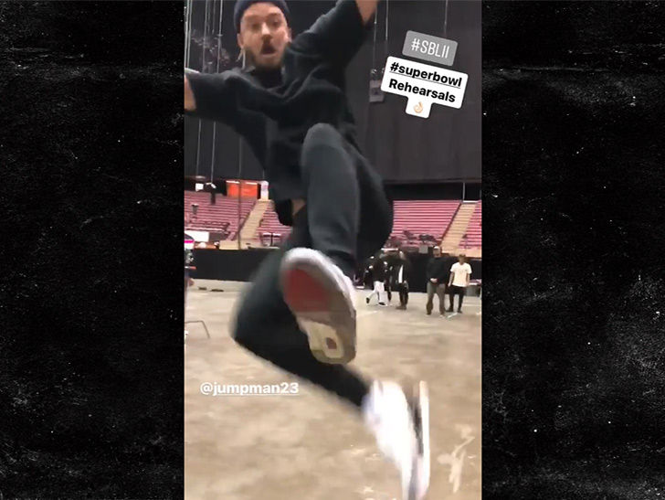Justin Timberlake Teases Super Bowl Halftime Show