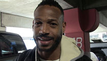 Marlon Wayans to Blake Griffin: Step Your Kiss Game Up!