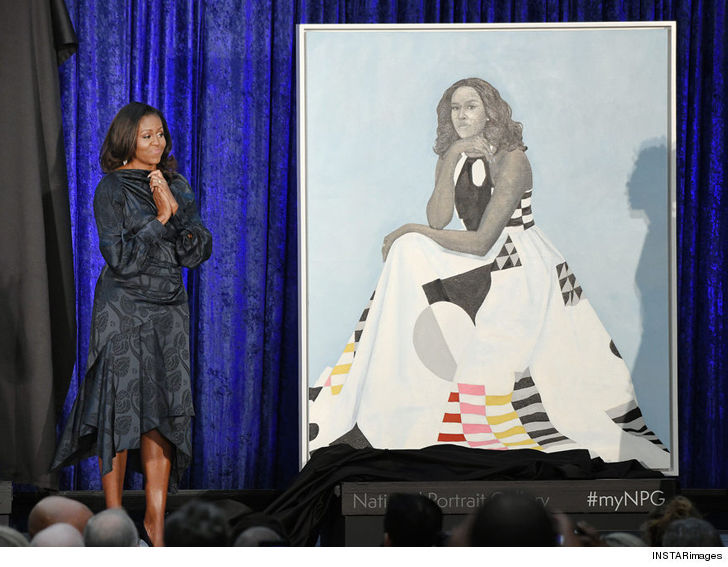 Barack and Michelle Obama's Portrait Unveiled at ...