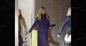 Jennifer Aniston Looking Super Sad Post Justin Theroux Split