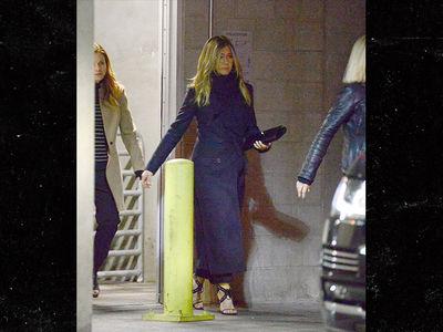 Jennifer Aniston Looking Super Sad Post Justin Theroux Split