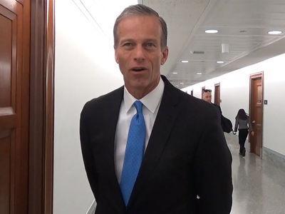 Republican Senator Praises Warriors Activism, Don't Just Shut Up and Dribble!