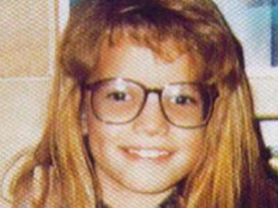 Guess Who This Glasses Girl Turned Into!