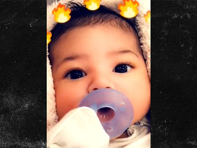 Kylie Jenner Shares First Close-Up Shot of Stormi