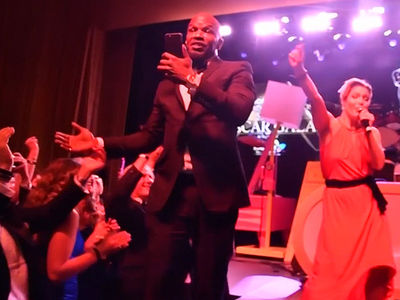 Jamie Foxx Is The Life Of the Oscar After-Party