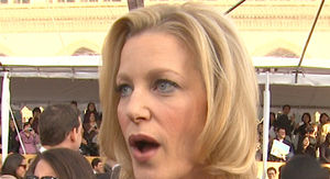 'Breaking Bad' Star Anna Gunn Scares Off Potential Home Burglar