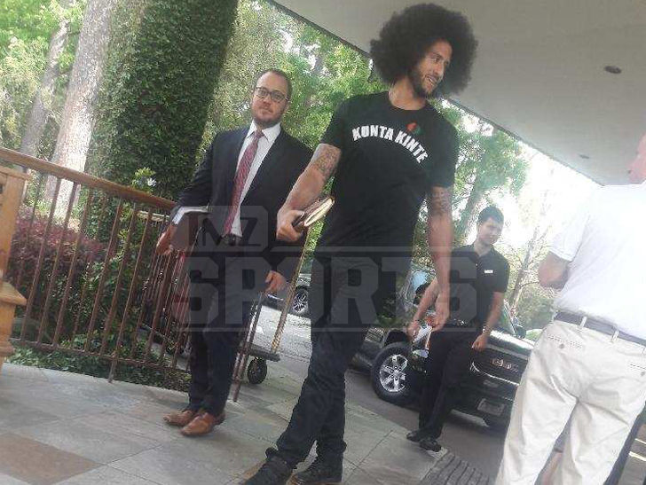 Colin Kaepernick All Smiles After Legal Showdown with Texans Owner