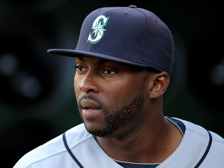 Milton Bradley Charged With Battery Allegedly Beat Wife.