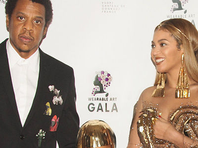 Beyonce Shared a Bunch of Blue Ivy Photos -- Wait'll You See Her Match Her Mom's Wild Style!