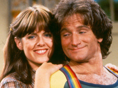 Robin Williams' 'Mork & Mindy' Co-Star Says He 'FLASHED' and 'HUMPED' Her On Set