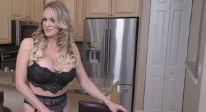 Stormy Daniels Using President Trump to Juice Her Online Camming Biz