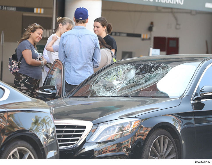 Jaime King Attacked After Man Smashes Her Car's Window With Son Inside