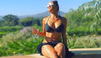 23 Hot Shots of Nikki Bella Now That She's Back on the Market!