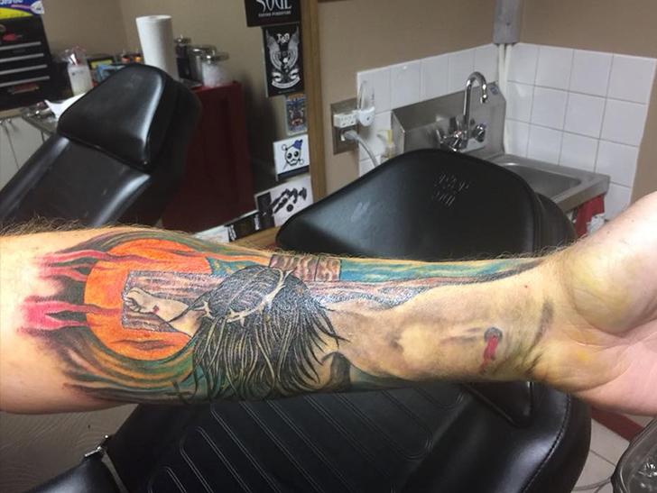 Curt Schilling Gets Massive Jesus Tattoo and It's Kinda Cool